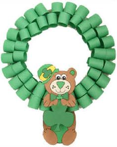 Bear St. Patrick's Day Wreath   (DIY Printable Template)    http://www.dltk-holidays.com/patrick/mbearwreath.htm