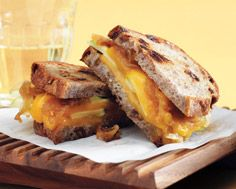 Smoked cheddar, caramelized onion & apple Grilled Cheese- Food&Drink Magazine