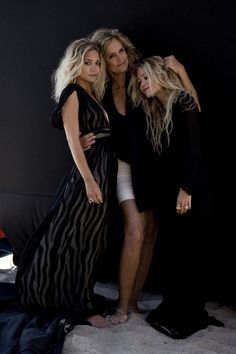 Olsens + Lauren Hutton - beautiful idea for mother and daughters portrait