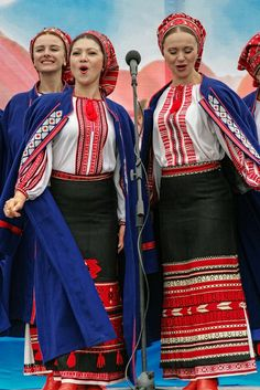 Cultural Performance with performers in traditional Ukrainian dress - Kiev, Ukraine