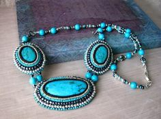 Turquoise Bead Embroidered Statement Necklace - Jewelry creation by Raziela Designs Bead Embroidery Jewelry, Beaded Embroidery, Beaded Jewelry, Turquoise Jewelry, Turquoise Bracelet, Bead Weaving, Vintage Jewelry, Bracelets, Necklaces