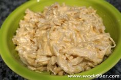 Dinner is a snap with your slow cooker and this one dish recipe for Garlic Chicken Mac and Cheese!