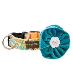 Mimi Green Zack Velvet Dog Collar Flower