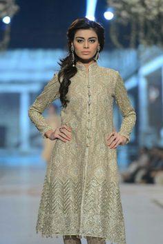 Project Runway: Pantene Bridal Couture Week 2014 Day 2 Shows! Pakistani Formal Dresses, Pakistani Outfits, Indian Dresses, Indian Outfits, Pakistani Couture, Pakistani Bridal, Punjabi Wedding, Indian Couture, Kurta Designs