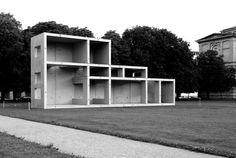 Rudolf Herz, Marcel Duchamp – Le mystère de Munich vor der Alten Pinakothek München 2012
