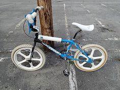 Haro Group 1 BMX Bike Haro Bikes, Vintage Bmx Bikes, Bmx Freestyle, Bmx Bicycle, Mountain Biking, Old School, 1980s, Skateboard, Boards