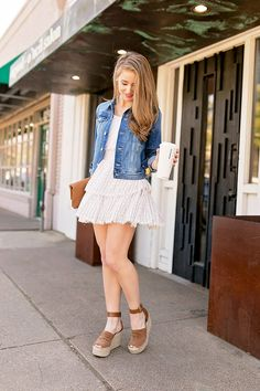 high waisted mini skirt | spring style | spring fashion | fashion for spring | style tips for spring | how to style a mini skirt | preppy style | warm weather fashion || a lonestar state of southern