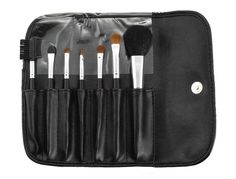 These brushes are the best cosmetic brushes I have ever used It Cosmetics Brushes, Makeup Brushes, Cosmetic Brushes, Natural Make Up, Beauty Skin, Pure Products, Vanity, Christmas, Cara Makeup Natural