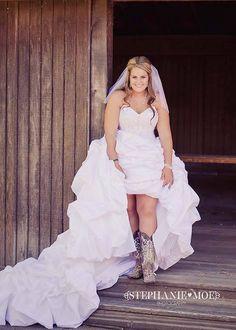 country wedding #zappos #wedding #lovelove #yeehaw