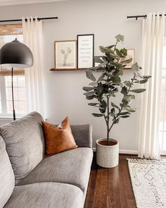 Cozy Living Rooms, New Living Room, Apartment Living, Home And Living, Living Room Decor, Natural Home Decor, Home And Deco, Cozy House, Home Decor Inspiration