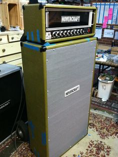 Elder giant 200 bass amp and matching gigantic 4x10 cabinet