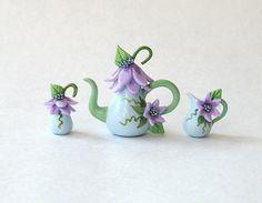 miniature lavender & blue teapot set