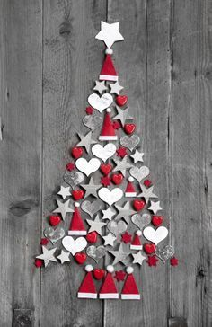 20 Classic Christmas Wall Trees To Copy Right Now 17 – Christmas Tree Decoration Ideas – Ansicht Country Christmas Trees, Christmas Wall Art, Diy Christmas Tree, Christmas Door, Christmas Projects, Christmas Holidays, Christmas Ornaments, Christmas Cookies, Christmas Ideas