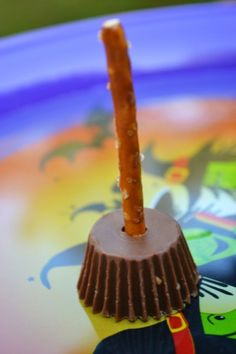 Reese's Witch Brooms - Mrs Happy Homemaker