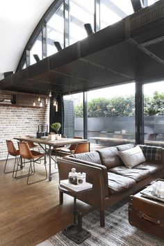 Loft Style Interior Design Ideas One of the most popular and increasing architectural designs of recent years is loft style buildings. Loft architecture emerged mainly in the th. Vintage Industrial Furniture, Industrial House, Vintage Home Decor, Urban Industrial, Industrial Style, Style Vintage, Industrial Apartment, Love Vintage, Kitchen Industrial
