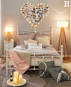 Entzuckend Die Leichte Geschwungene Bauart Und Die Liebevoll Gestalteten Details  Machen Das Bett Zum Romantischen Mittelpunkt Ihres