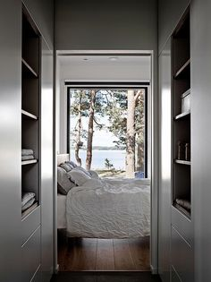 Bedroom with a view Cottage Design, House Design, Inside A House, Cabin Plans, Winter House, My New Room, My Dream Home, Home And Living, Decoration