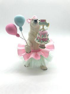first birthday high chair Animal Themed Birthday Party, Bear Birthday, Animal Party, Birthday Party Themes, Plastic Animal Crafts, Plastic Animals, Birthday Design, Happy B Day, Animal Decor