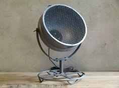 Lampe métal style projecteur, décoration industrielle, Chehoma