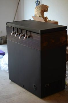 The Man's DIY (And A Good Excuse to Build a Keezer) | The Budget Savvy Bride