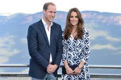 Royal-Tour-2014-William-Kate-Posed-Photo-Echo-Point-Blue-mountains-Australia-DVF-Ikat-Print-Patrice-Wraop-Dress-Whatling-Splash