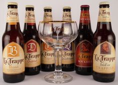 I really love the glass from La Trappe! I love the beers, but the La Trappe bock is not my favorite in its kind I Like Beer, Malt Beer, Beer 101, Beer Fest, Brew Pub, Beer Label, Home Brewing, Beer Bottle, Bavaria