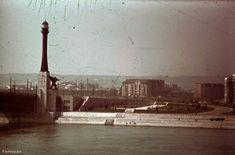Budapesten is állt világítótorony Budapest Hungary, Cn Tower, Old Photos, Statue Of Liberty, Arch, The Past, Country, Building, Travel