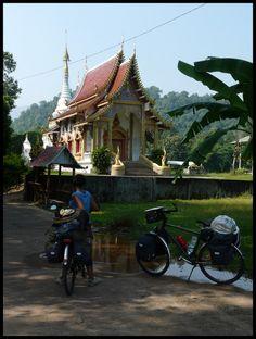 Carnet de voyage à vélo : Le Laos et le Vietnam