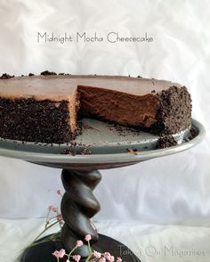 Rich, silky and totally decadent, this Midnight Mocha Cheesecake is a chocolate lover's ultimate dessert. The hint of infused coffee puts it over the top. Mocha Cheesecake, Chocolate Cheesecake, Cheesecake Recipes, Dessert Recipes, Just Desserts, Delicious Desserts, Yummy Food, Cheesecakes, Cupcake Cakes