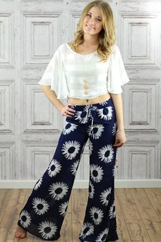 40 In Trend Palazzo Pants Looks you should Try Right Now