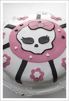 gâteau d'anniversaire Monster high.jpg