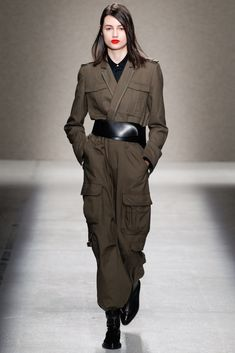 A.F. Vandevorst Fall 2014 Ready-to-Wear Collection Photos - Vogue