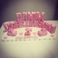 Kokulu taş modelleri isimli Fall Crafts, Diy And Crafts, Clay Ornaments, Ceramic Clay, Soap Making, Coffee Cups, Creations, Birthday, Flowers