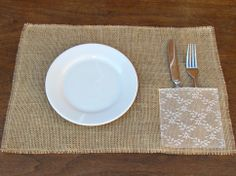 12 x 18 burlap placemats with a napkin/silverware holder covered in lace. but one on each side for full dinner setting. (edges of the napkin/silverware holder and placemat have been neatly frayed and sewn to prevent further fraying) Burlap Lace, Burlap Ribbon, Hessian, Alpillera Ideas, Burlap Crafts, Diy And Crafts, Silverware Holder, Table Runners, Sewing To Sell