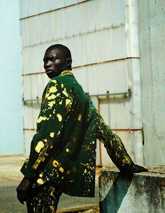 Kunst Pause Fernando Cabral captured by Julia Noni and styled by Tobias Frericks with pieces from Raf Simons x Sterling Ruby, for the Fall/Winter 2014 issue of GQ Style Germany.