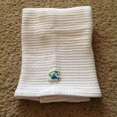 "Gagou Tagou Baby Blanket White Woven Knitted Sweater Blue Whale Patch 26"" x 35"" #GagouTagou #babyblanket #white"
