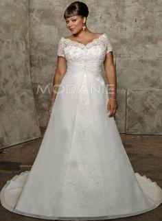 col en V robe de mariée grande taille manches courtes