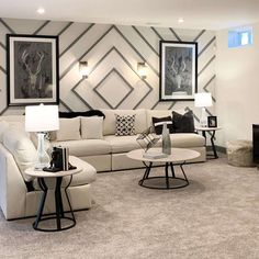 Accent Walls In Living Room, Home Living Room, Living Room Designs, Feature Wall Living Room, Drawing Room Wall Design, Accent Wall Designs, Deco Design, Wall Decor Design, Room Wall Decor