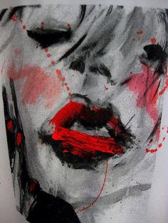 Smudged Lipstick Tee Close Up by Lilly Lab, via Flickr