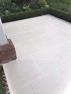 Porcelain Patio Slabs B Q.Paving Slabs And Stones. Grey Peak Riven Paving Slab L 600 W Pack Of 20 . Garden Slabs, Garden Tiles, Patio Slabs, Patio Tiles, Garden Paving, Patio Flooring, Balcony Tiles, Bradstone Paving, Driveway Tiles