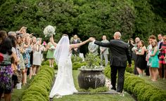 Oatlands Historic House & Gardens- Outdoor May 2015 garden wedding ceremony; manicured boxwoods; check out more on Borrowed & Blue. Amazing pictures by Lovesome Photography!