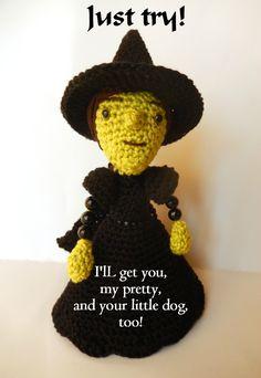 Wicked Witch - free crochet pattern in English and German by K. Godinez / Amilovesgurumi.