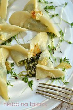 Pierogi zeszpinakiem Spanakopita, Pierogi, Ethnic Recipes, Food, Essen, Meals, Yemek, Eten