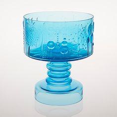 Glass Design, Design Art, Interior Design, Clear Glass, Glass Art, Lassi, Mason Jar Wine Glass, Flora, Colored Glass