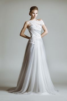 Tony Ward Bridal 2014 I Look 08 I CORDELIA - Ethereal wedding gown made of Tulle in shades of white and grey with diagonal lines of Macramé