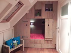 ... kinderslaapkamer meidenkamer meiden kamer bedstee op zolder bedstee 1