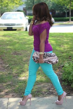 purple and turquoise color blocking......this is a sign.  I've had this outfit hung up on my door for days.