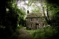 abandoned house, Cardigan, Wales (photo by Hollie Davis via flikr) Cottage In The Woods, Cozy Cottage, Cottage Homes, Cottage Style, Witch Cottage, Cottage Bedrooms, Forest Cottage, Cottage Porch, Cottage Exterior