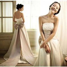 売却ウェディングドレス, 背中が大きく開いウェディングドレス, 安価なウェディングドレス, レースの結婚式, ウェディングドレス, 結婚式のdressses,  白いレースの