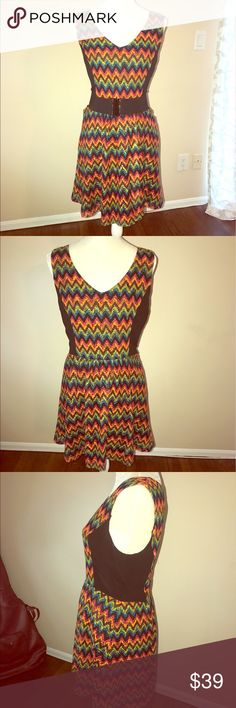 Kensie Dress Beautiful Kensie dress very colorful perfect for warm weather! Fully lined, zipper in back. EUC only worn once. Shown in first picture with belt for style (not included). Kensie Dresses Midi